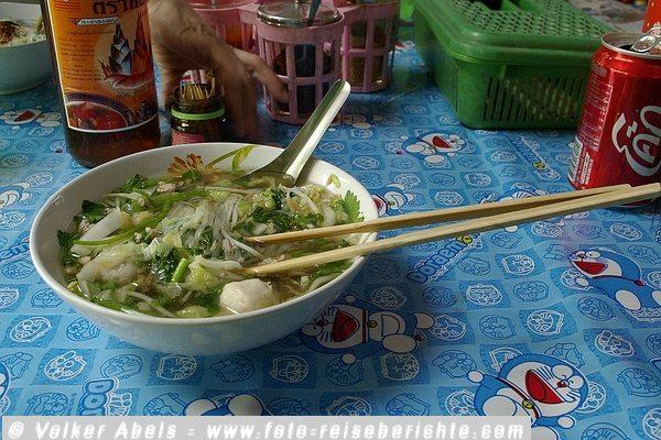 Photo of Wie halten Sie es mit dem Essen auf Reisen?