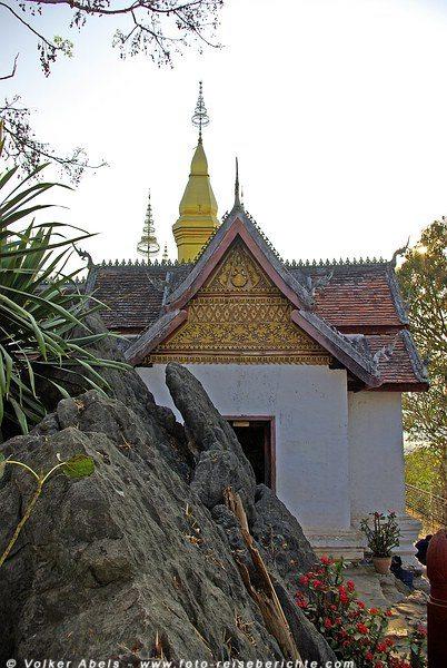 Tempel auf dem Berg Phousi in Luang Prabang - Laos © Volker Abels