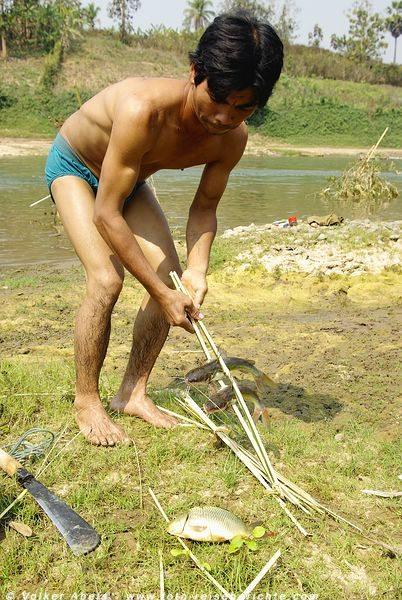 Fischer am Khan-Fluss in Luang Prabang - Laos © Volker Abels