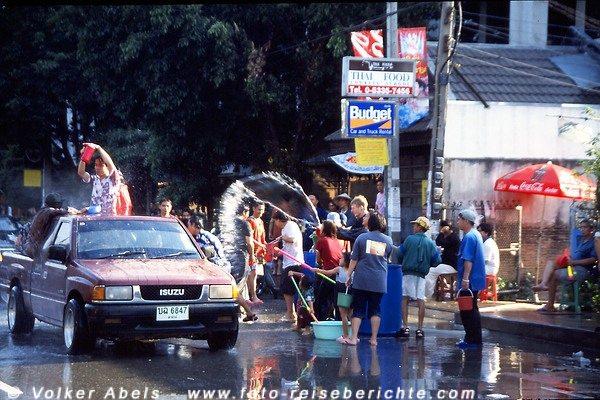 Songkran Fest in Chiang Mai - Thailand © Volker Abels