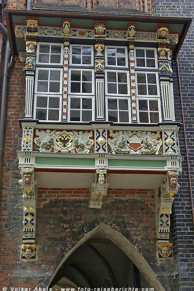 Hansestadt Lübeck - historischer Balkon © Volker Abels