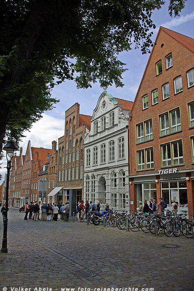 Hansestadt Lübeck - Altstadt - Buddenbrockhaus  © Volker Abels