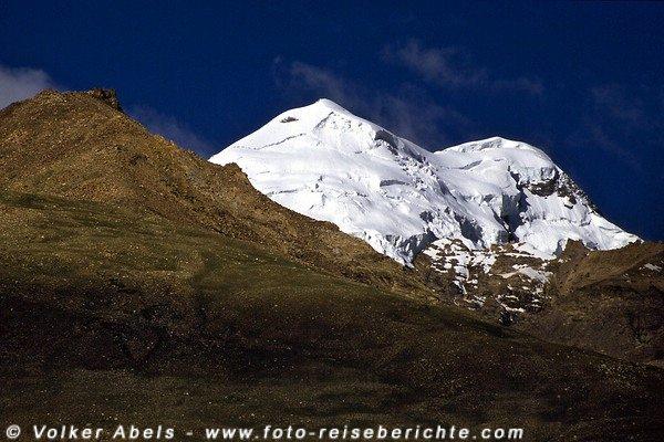 Mit Schnee bedeckte Berge -  ein grandioser Anblick. © Volker Abels