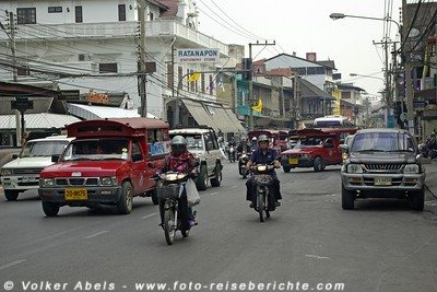 Straßenverkehr in Thailand © Volker Abels