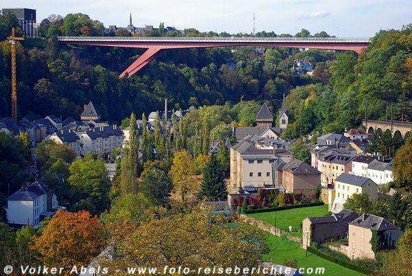 Blick auf die Grossherzogin Charlotte-Brücke - Luxemburg © Volker Abels