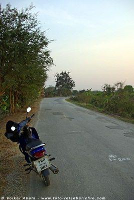 Moped in Thailand © Volker Abels foto-reiseberichte.com