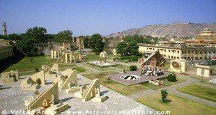 Das Observatorium Jantar Mantar in Jaipur - Rajasthan © Volker Abels