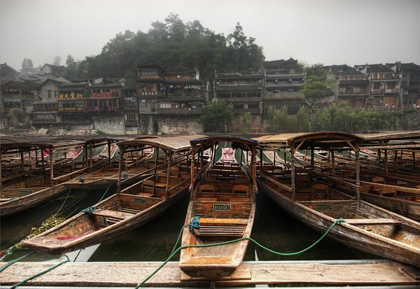 The boats in the village © Trey Ratcliff/ www.StuckinCustoms.com