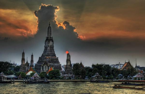 One Night in Bangkok © Trey Ratcliff - www.stuckincustoms.com on flickr.com
