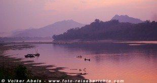 Sonnenuntergang am Mekong-Fluss, Laos © Volker Abels
