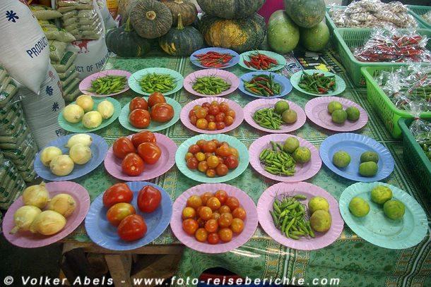 Verschiedene Gemüse auf einem thailändischen Markt © Volker Abels