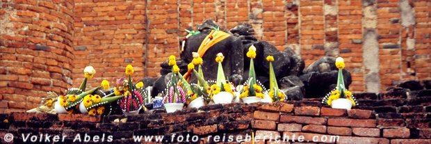 Ayutthaya - Gaben für Buddha © Volker Abels