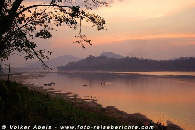 Photo of Foto der Woche – Sonnenuntergang am Mekong in Luang Prabang, Laos