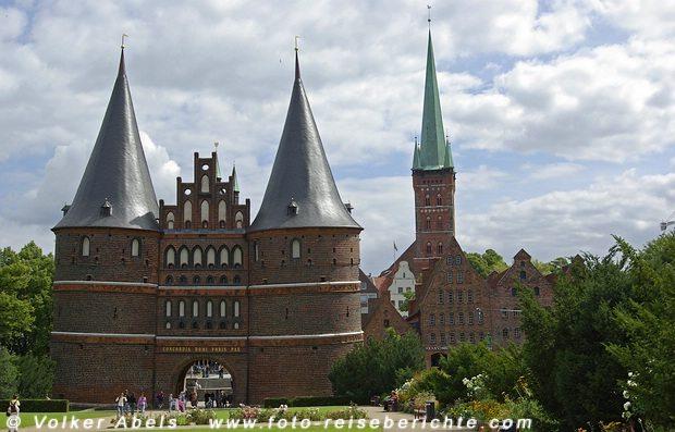 Holstentor in Lübeck © Volker Abels