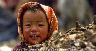 Mädchen in Ladakh © Volker Abels - www.foto-reiseberichte.com