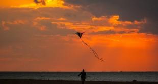 Sonnenuntergang in Holland © Volker Abels - www. foto-reiseberichte.com