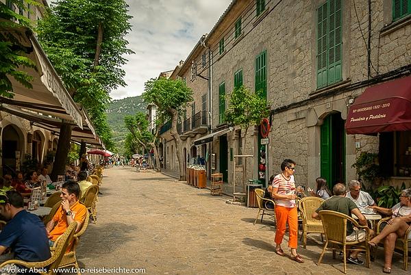 Straßencafés in Valdemossa - Mallorca - Spanien