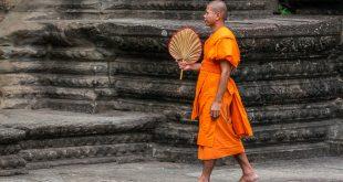 Mönch i Angkor Wat - Kambodscha - foto-reiseberichte.com