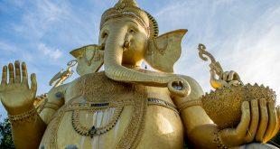 Auch ein Ganesha wacht im Wat Mok Khan Lan / Suttichit Buddha Park © Volker Abels - www.foto-reiseberichte.com