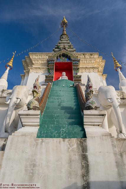 Kleiner Seitentempel - Wat Mok Khan Lan - Suttichit Buddha Park © Volker Abels - www.foto-reiseberichte.com