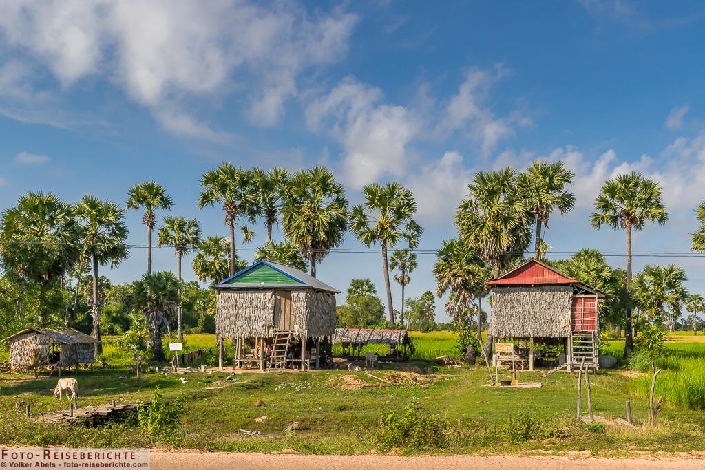 Einfache Häuser auf dem Land © Volker Abels - www.foto-reiseberichte.com