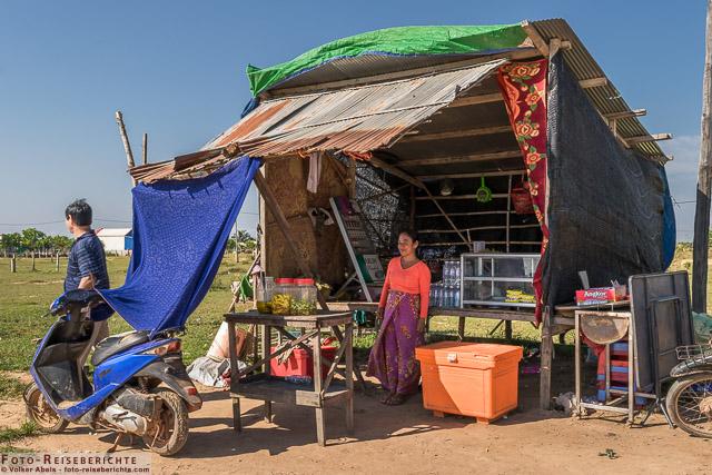 Kleiner Verkaufsstand © Volker Abels - www.foto-reiseberichte.com (56)
