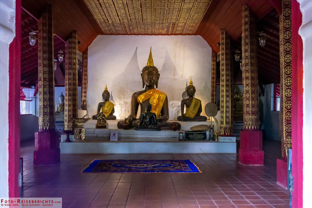 Im Wat Pha Lat - foto-reiseberichte.com